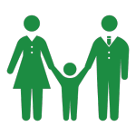 手を繋いでいる夫婦と子ども