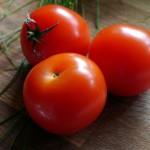 ホールトマトとカットトマトの違いって何?