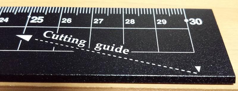 紙を切りやすい方向を示したガイドライン