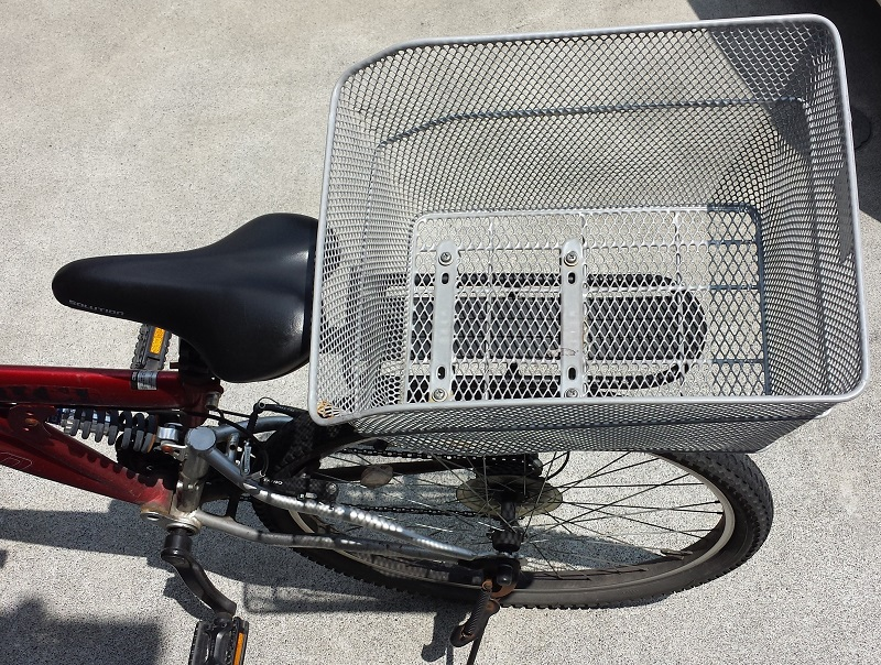 bicycle-rear-basket-1