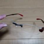 ふち無しフレームのメガネでも適切に扱えば簡単には壊れません!