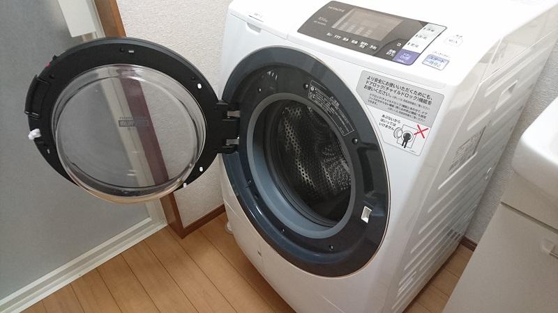 フタが開いている状態のドラム式洗濯乾燥機 BD-SG100A