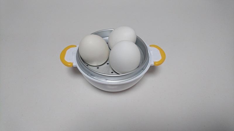レンジによる加熱が終わった状態の卵