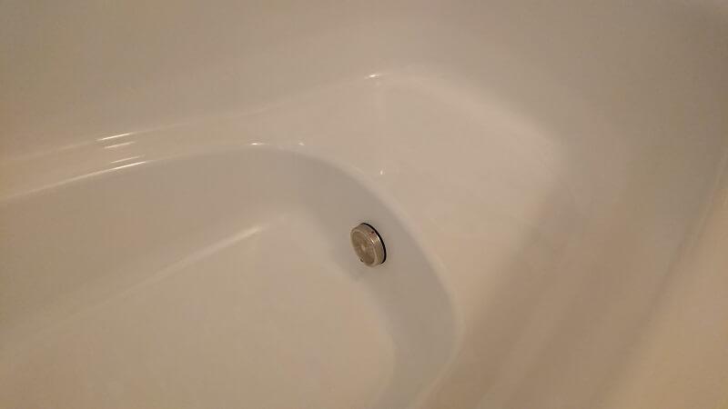 段(ステップ)があるタイプの浴槽の段の部分